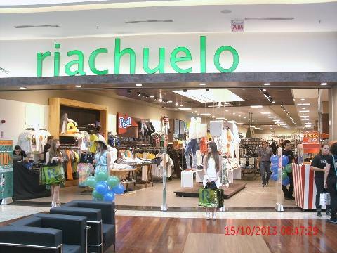 23748ba33 Lojas Riachuelo - Pátio Shopping Chapecó - SC.